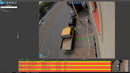 cctv system with automatic object tracking
