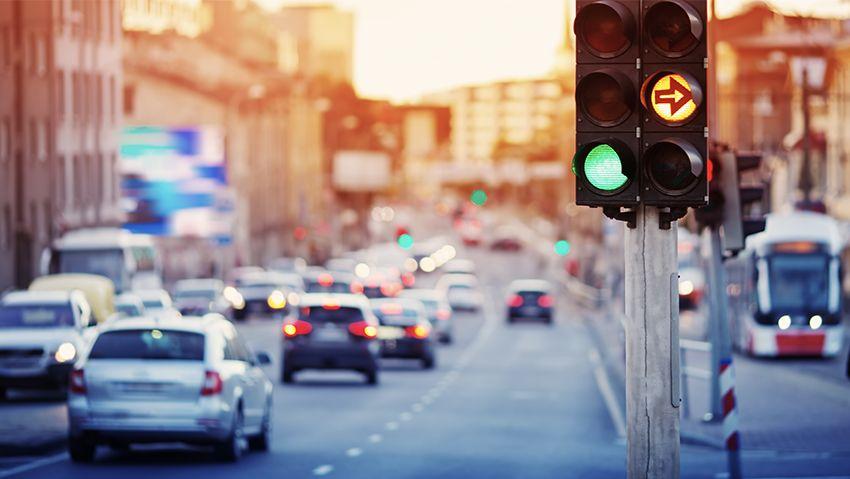 traffic monitoring system using cloud anpr